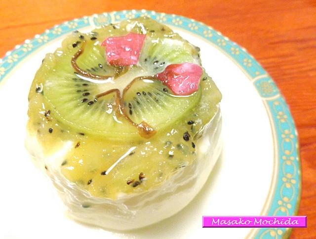 不眠、美肌効果デザート、春の桜とキウイのヨーグルトプリン